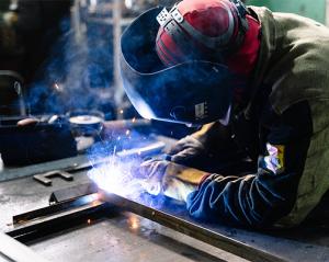 SARL de serrurerie, ferronnerie, métallurgie, menuiseries métalliques